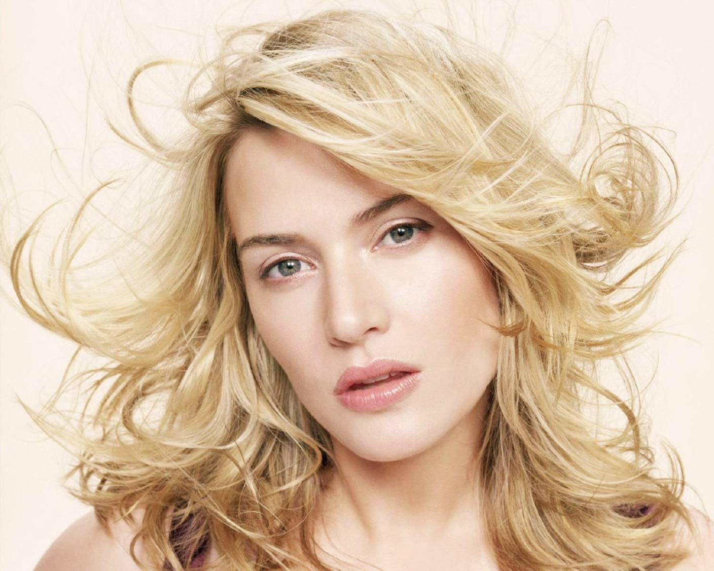 Wallpaper Name Hollywood Actress Kate Winslet Movies HD Wallpapers 1408x1126