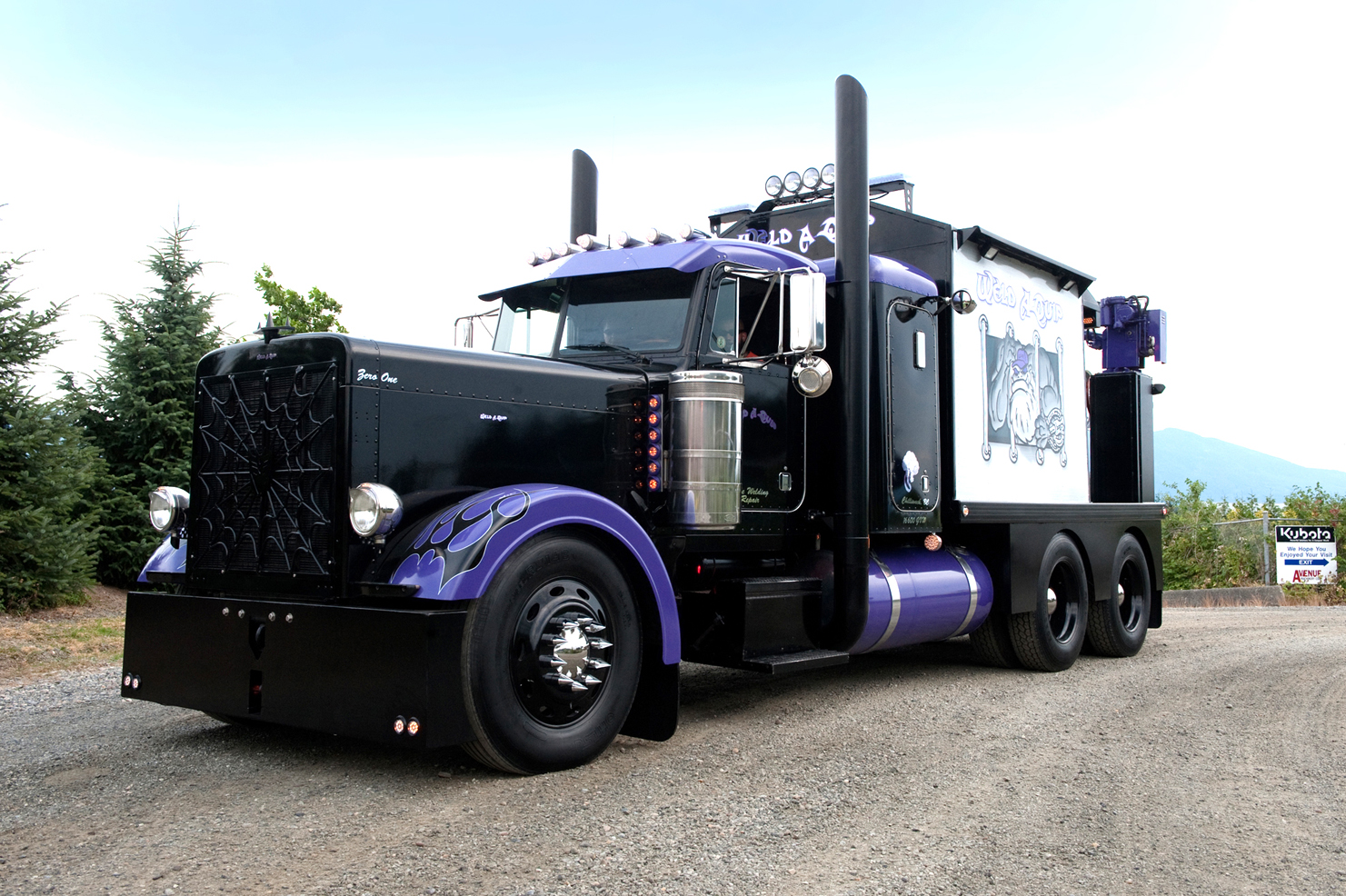 Peterbilt 379 Wallpapers - WallpaperSafari