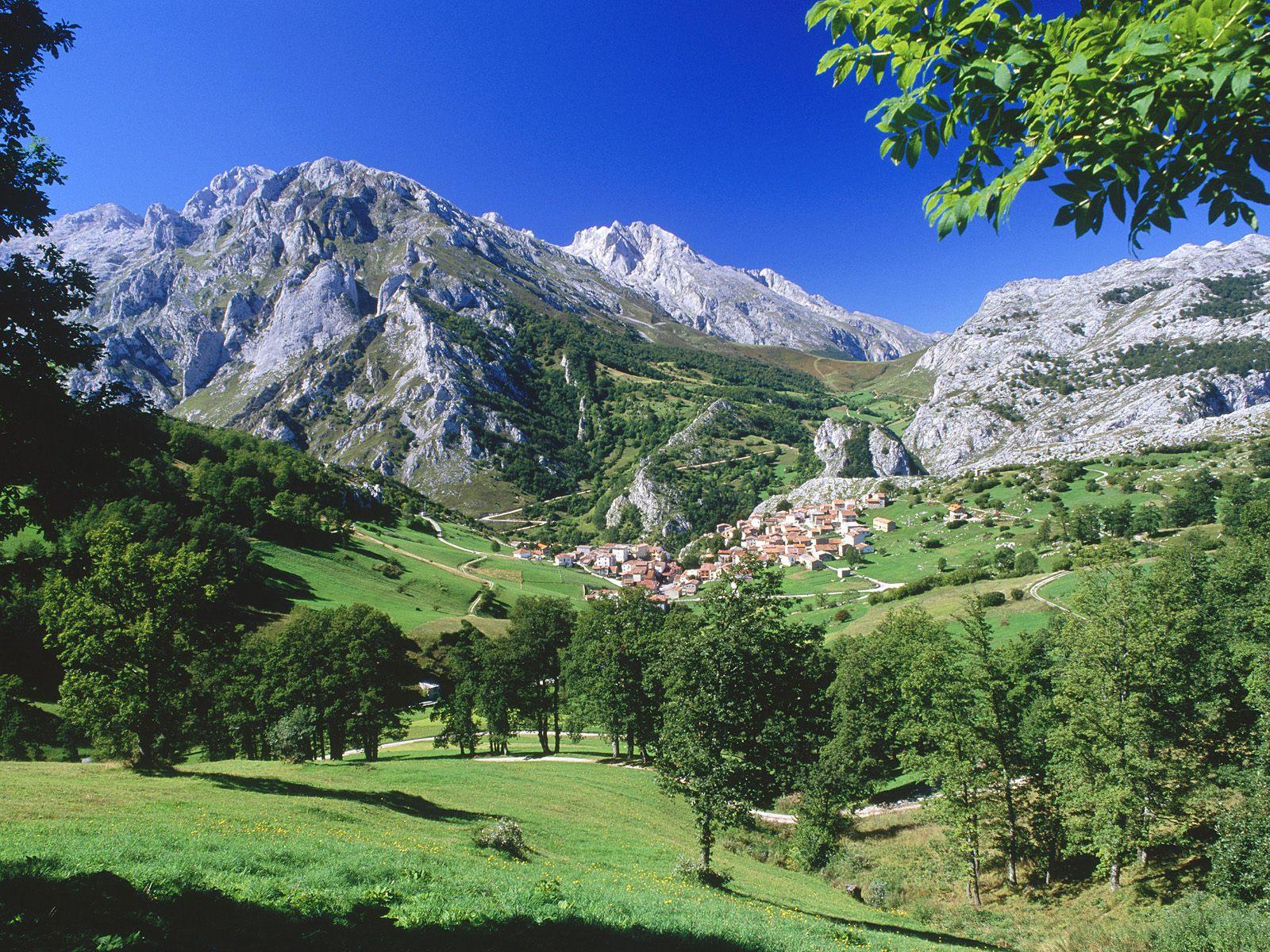 1600x1200 picos de europa national park desktop PC and Mac wallpaper 1600x1200