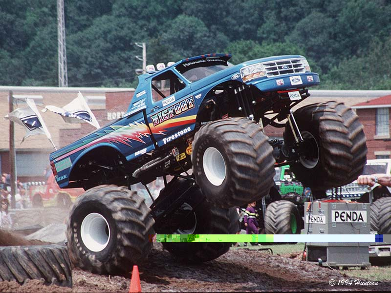 Bigfoot Monster Truck 92 KB Rounis blog 800x600