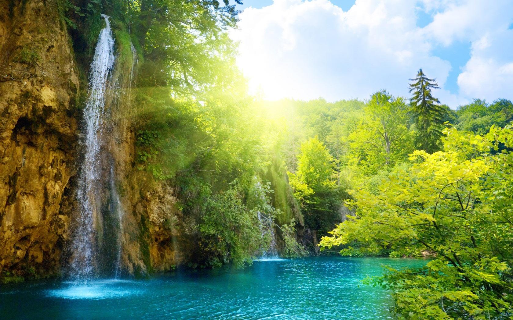 Sunny Waterfall desktop wallpaper 1680x1050