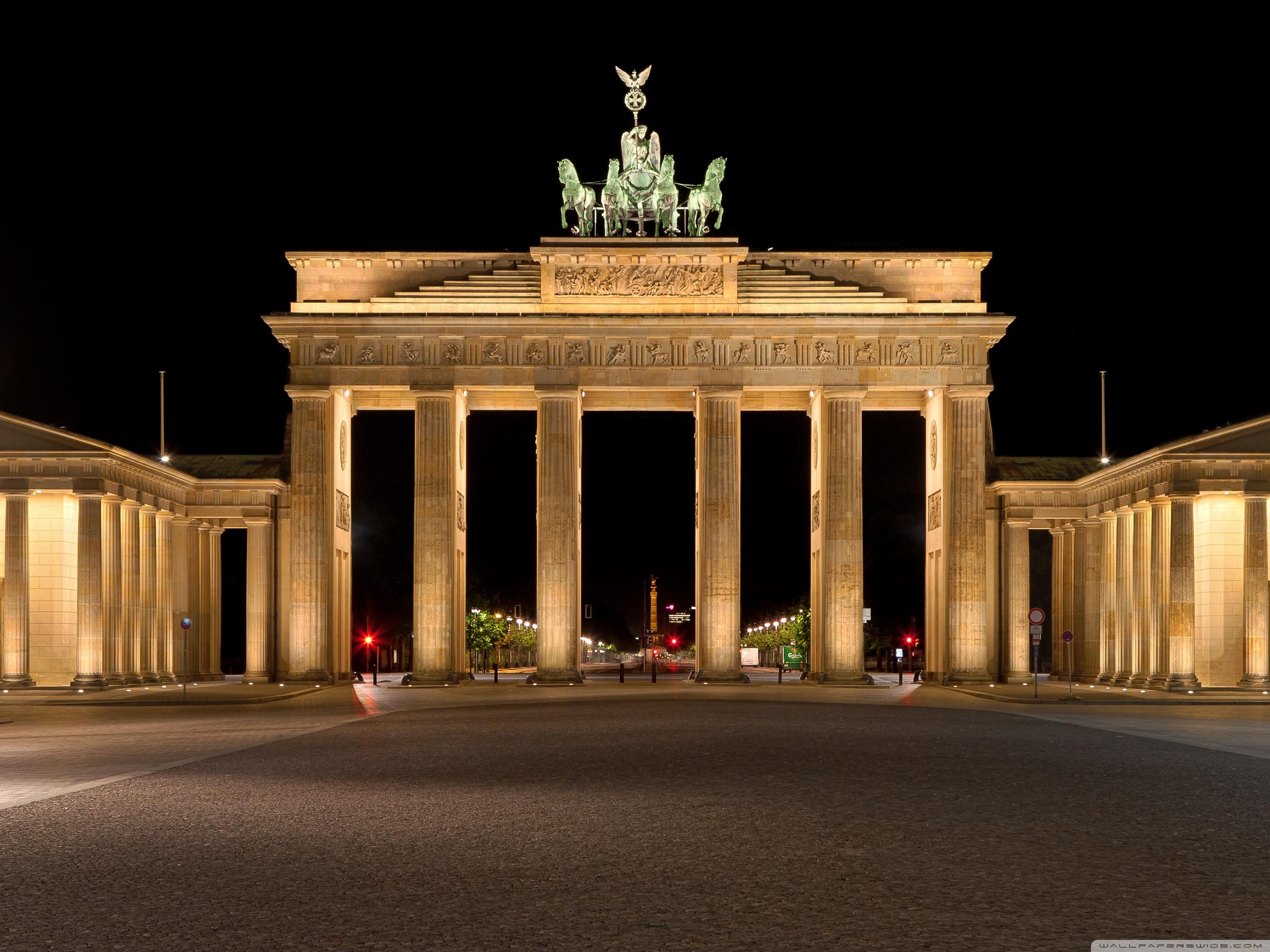 Brandenburg Gate 4K HD Desktop Wallpaper for 4K Ultra HD TV 2800x2100