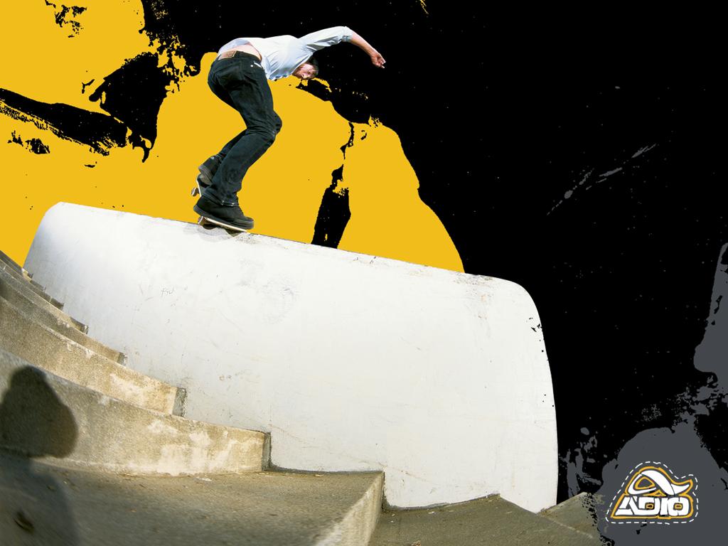 skateboarding wallpaper 1024x768