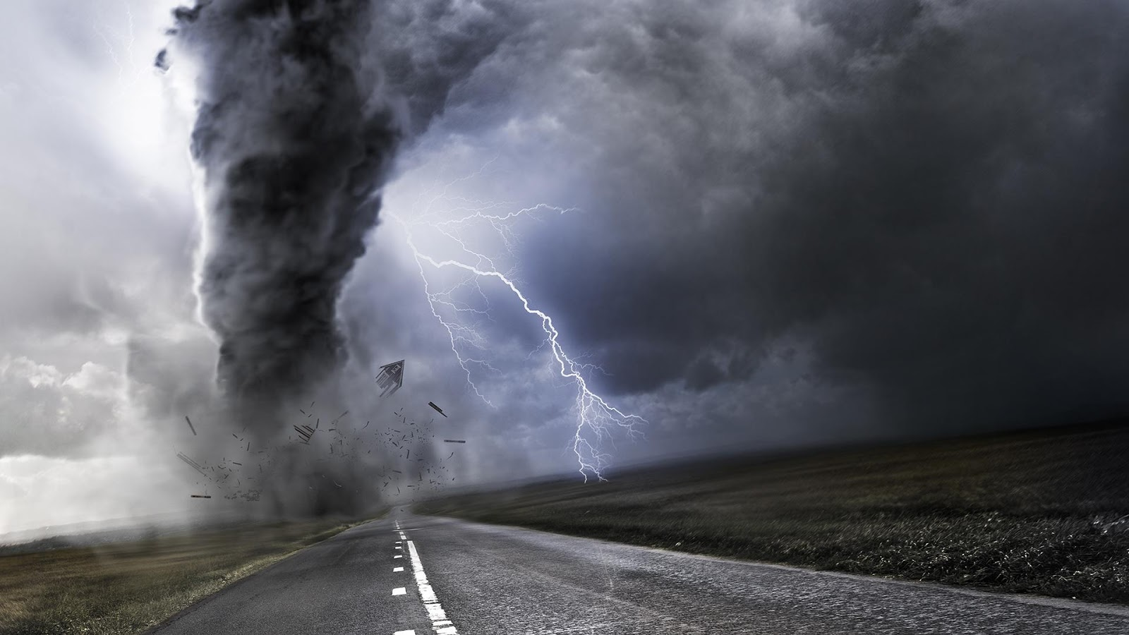 experience a true thunderstorm with your best new storm live wallpaper 1600x900