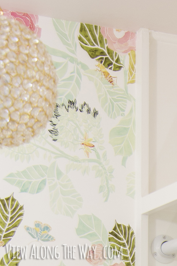 How to Install Wallpaper The Easy Way 580x871