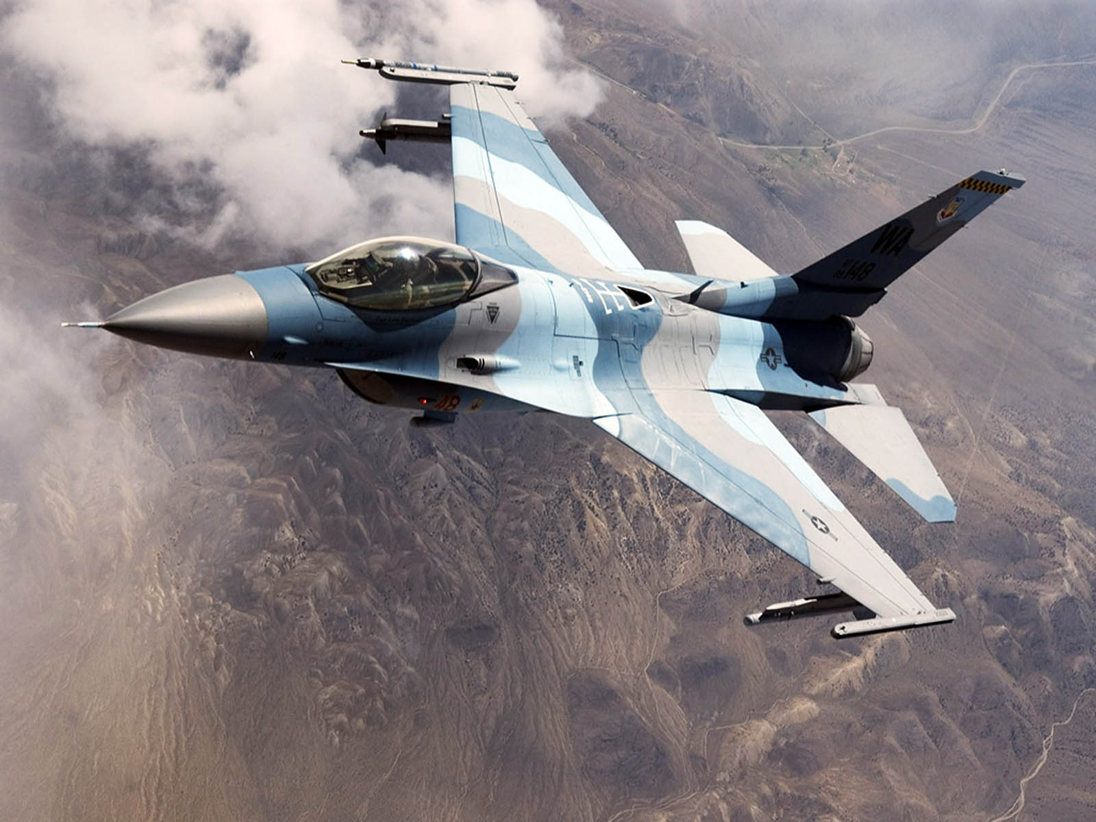 Tag F 16 Fighter Jet Wallpapers Backgrounds Photos Picturesand 1600x1200