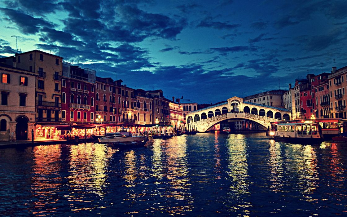 Rialto bridge at night   Venice   Italy wallpaper 2560x1600 1120x700