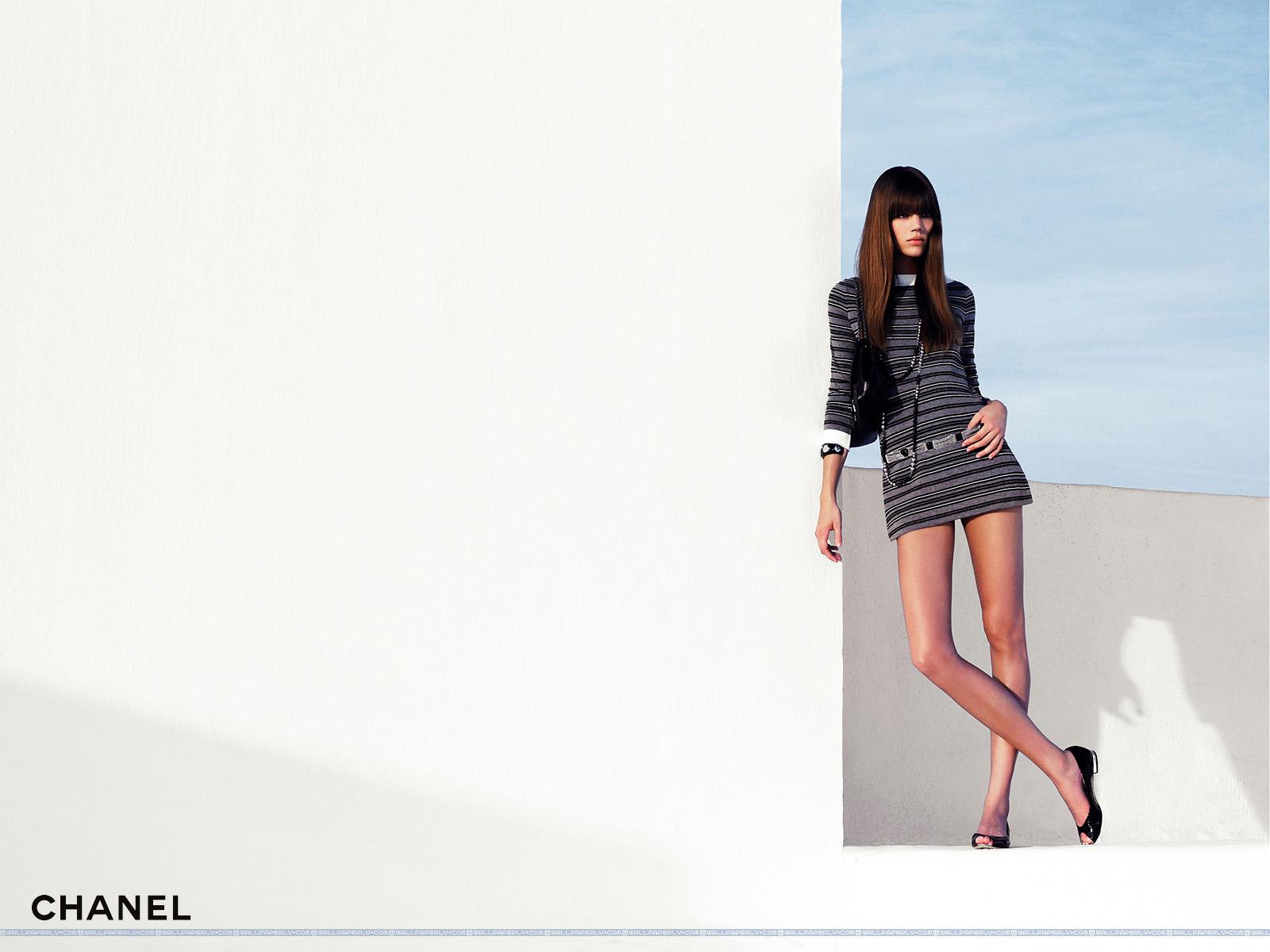 Fashion Wallpaper Chanel wallpaper wallpaper hd background desktop 1600x1200