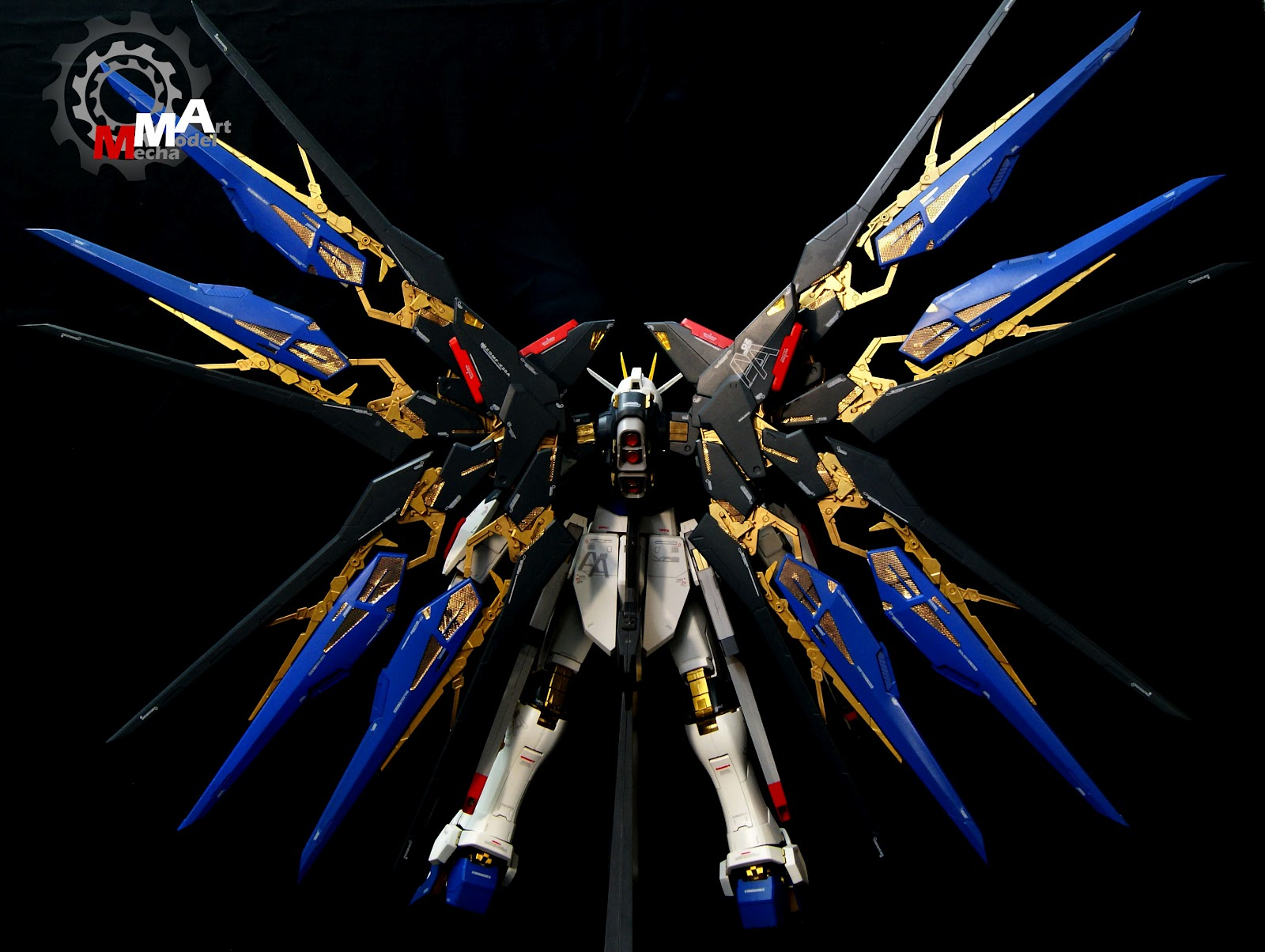 PG 160 Strike Freedom Gundam Painted Build Photoreview Wallpaper 1600x1204