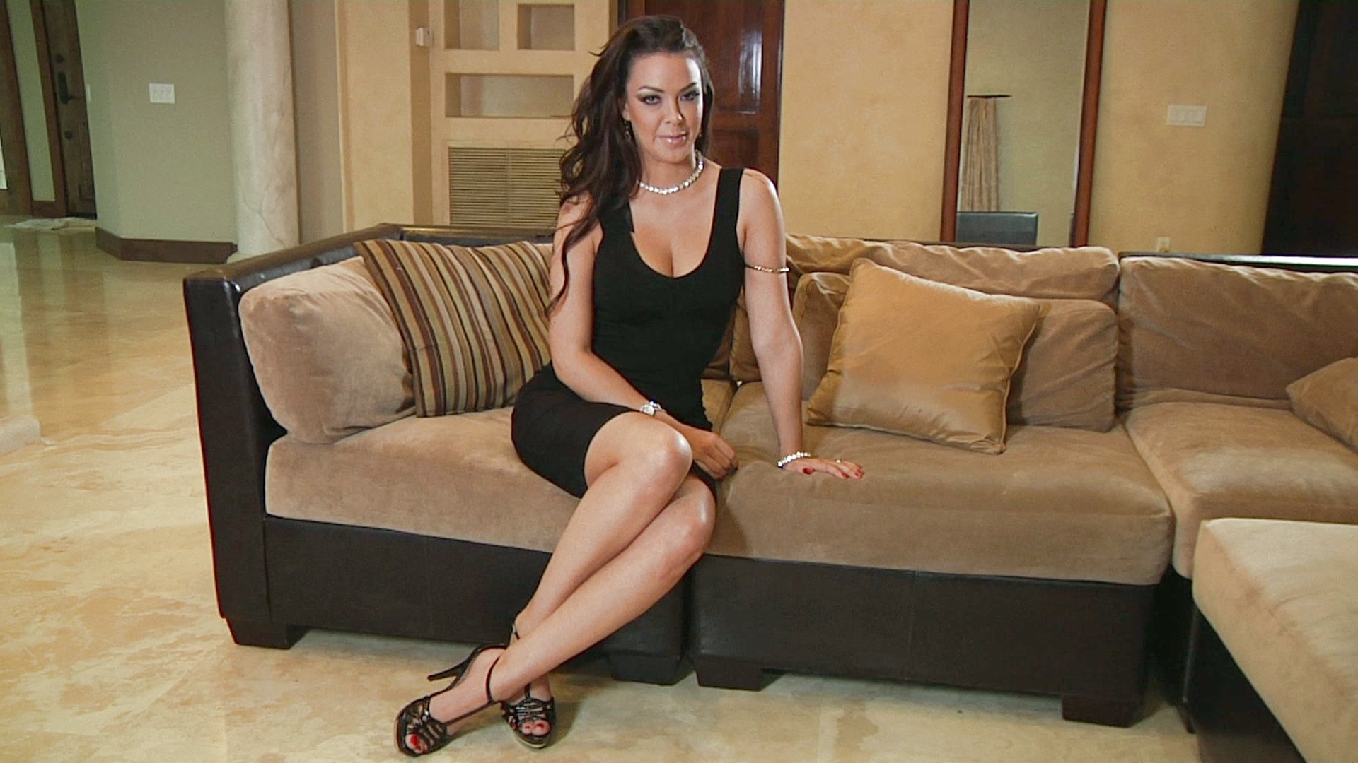 high island mature women personals Classifieds: rentals wanted click here to  down island preferred 508-648- 0136  mature women, long time vineyard resident seeking year round housing  quiet  cross-country invitational puts high school sports season into high gear.
