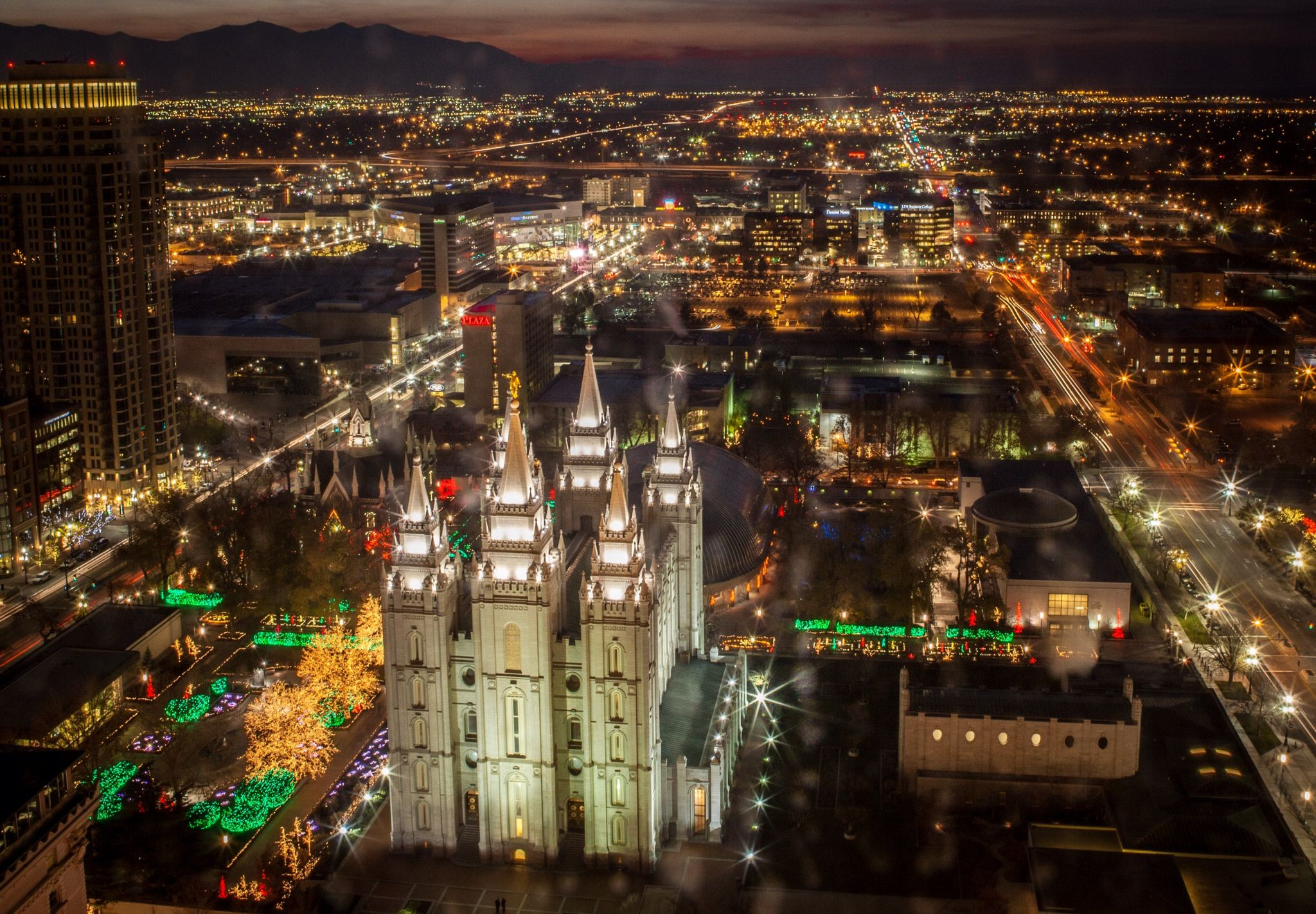 Temple Square a Salt Lake City from the air Temple square 2048x1422