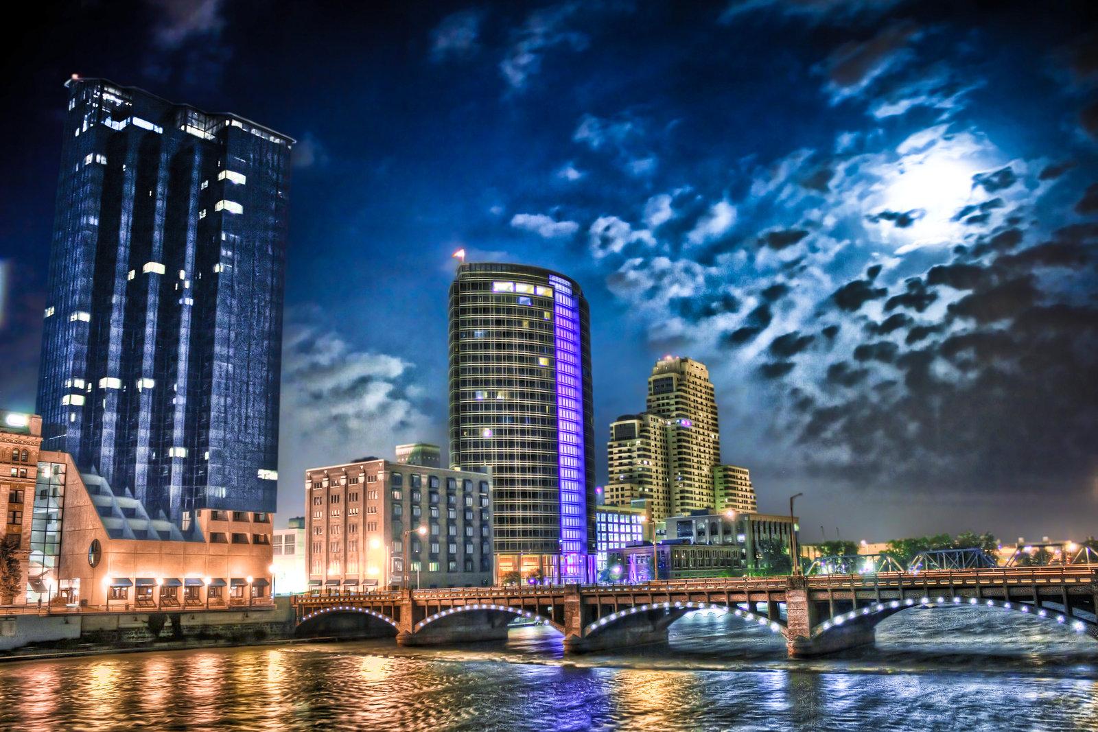 Downtown Grand Rapids by II McCloud II 1600x1067