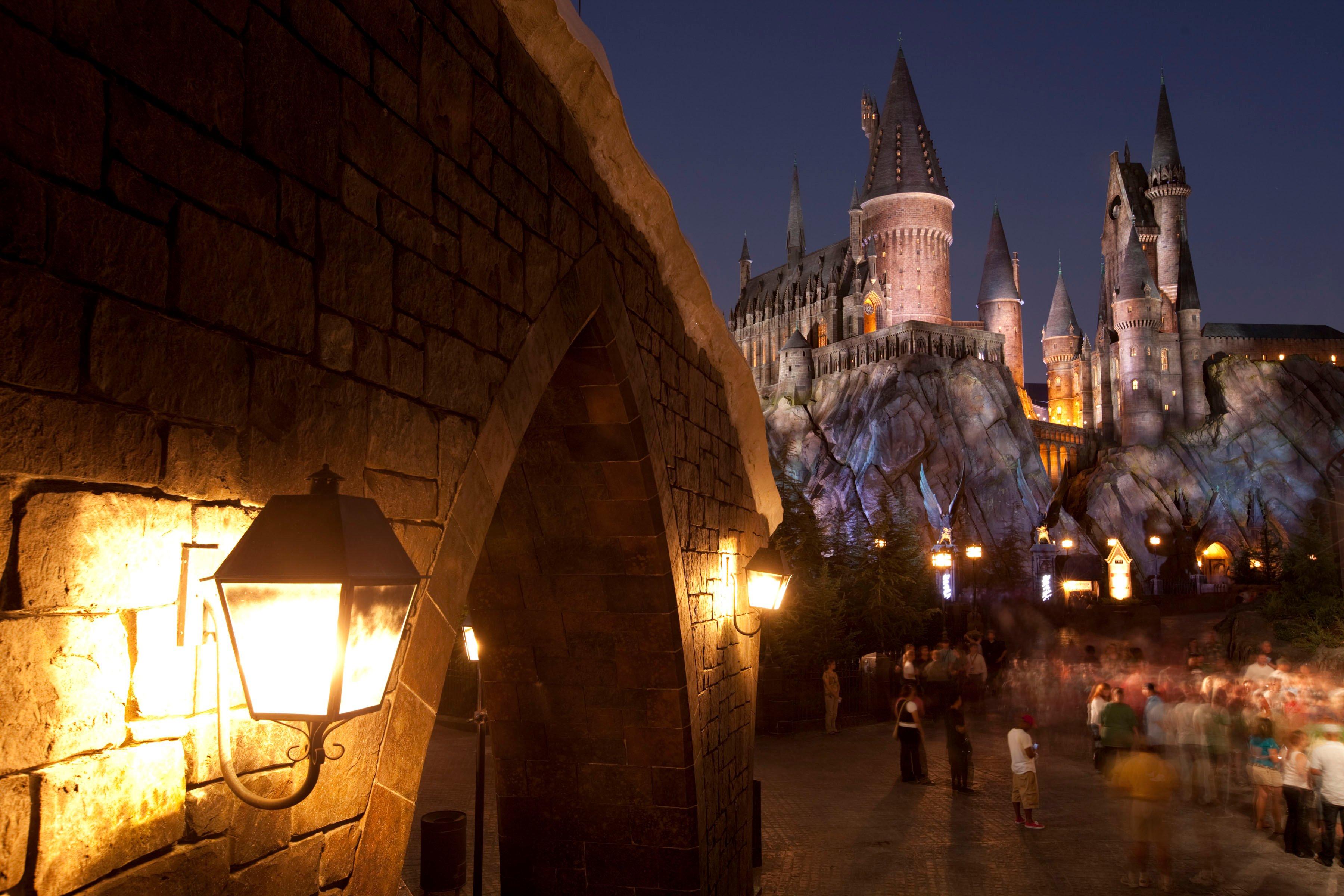 Harry Potter Christmas Wallpaper Hd.46 Hogwarts Wallpaper Hd On Wallpapersafari