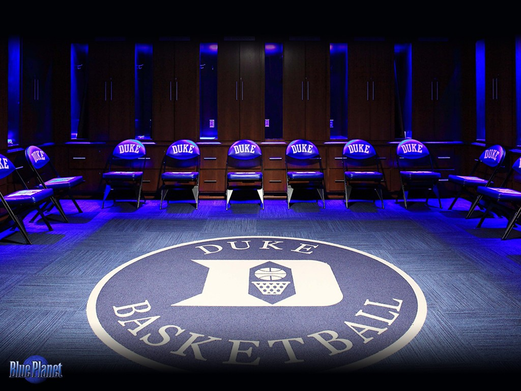 This stunning Duke basketball desktop wallpaper invites you into a 1024x768