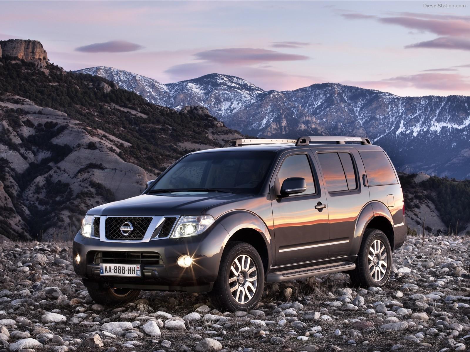 Nissan Pathfinder Pictures Wallpaper 65984 1600x1200px 1600x1200
