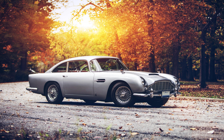 Aston Martin DB5 Classic HD Wallpaper 5561 HD Wallpaper 3D 2880x1800