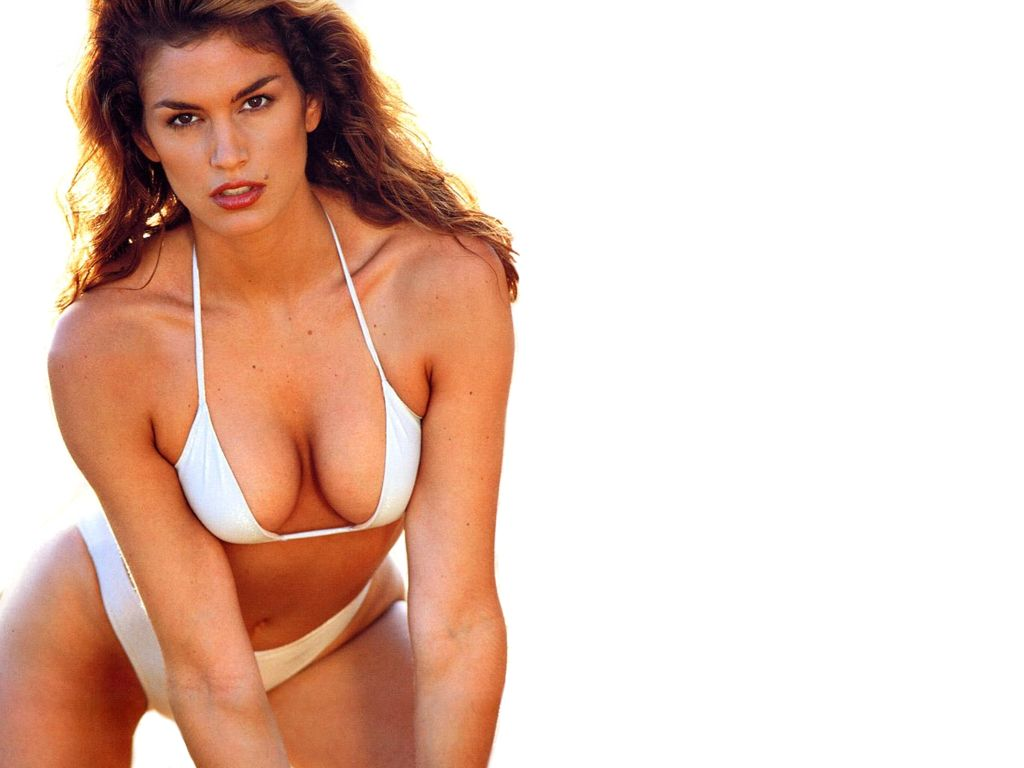 Cindy Crawford Sexy Wallpaper Images 1024x768