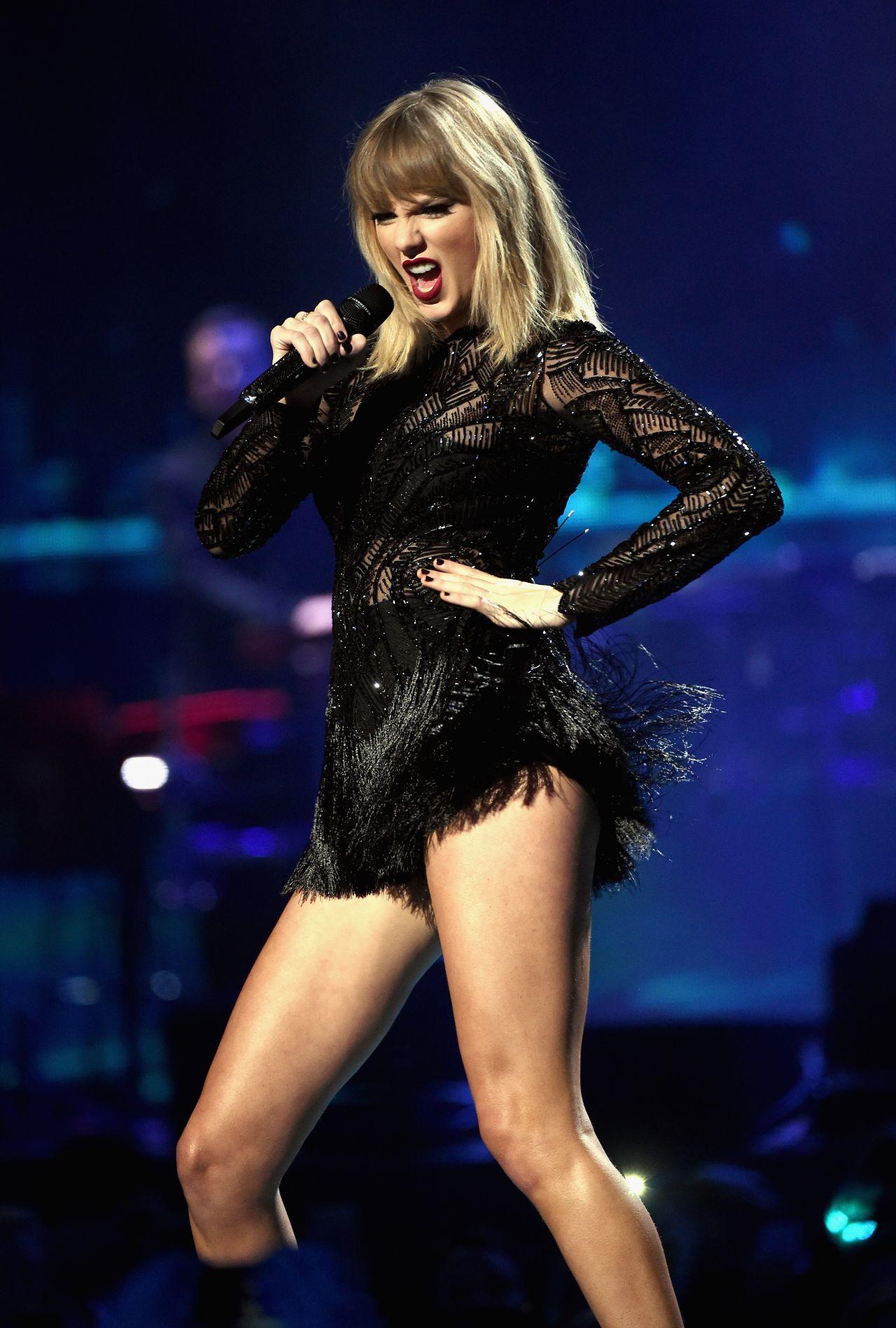 Taylor Swift Latest Photos   CelebMafia 1280x1896