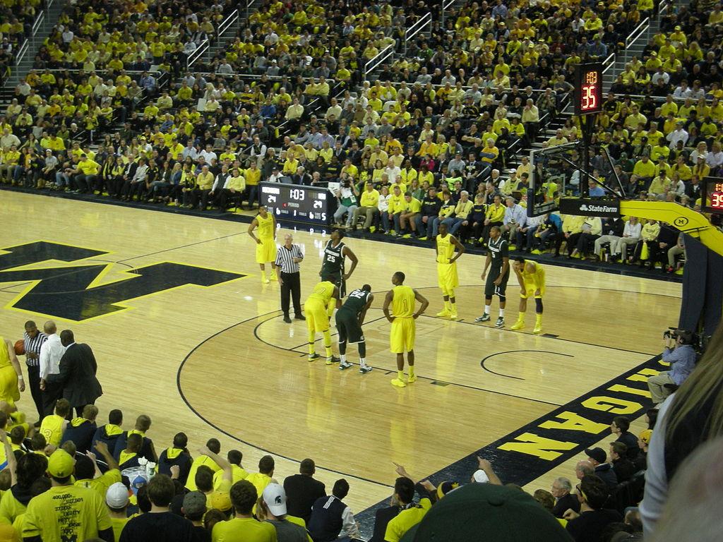 Michigan State vs Michigan mens basketball 2013 08 in game action 1024x768
