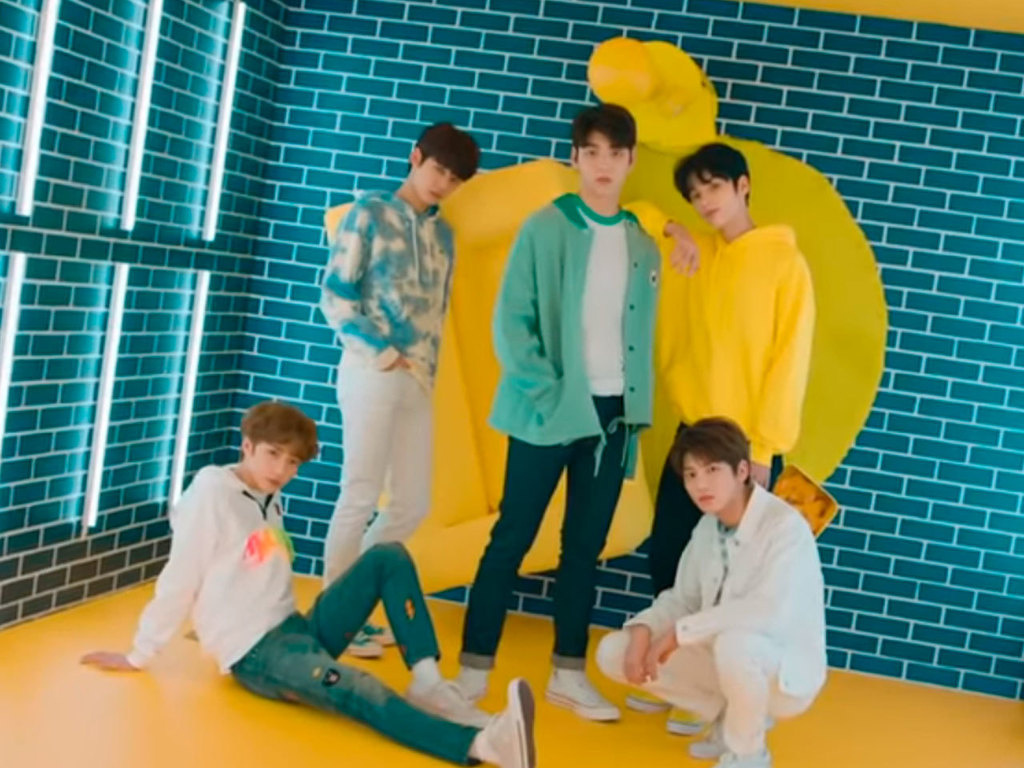 La banda TXT estrena un colorido video para Crown   ElSolcomar 1024x768