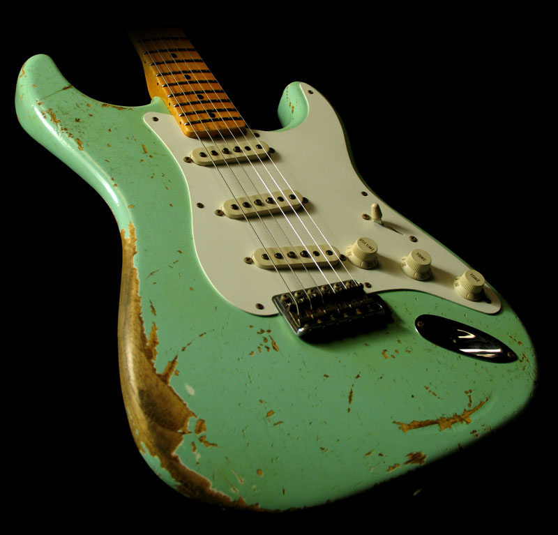 Fender Custom Shop Limited Edition 57 Stratocaster Heavy Relic Surf 800x767