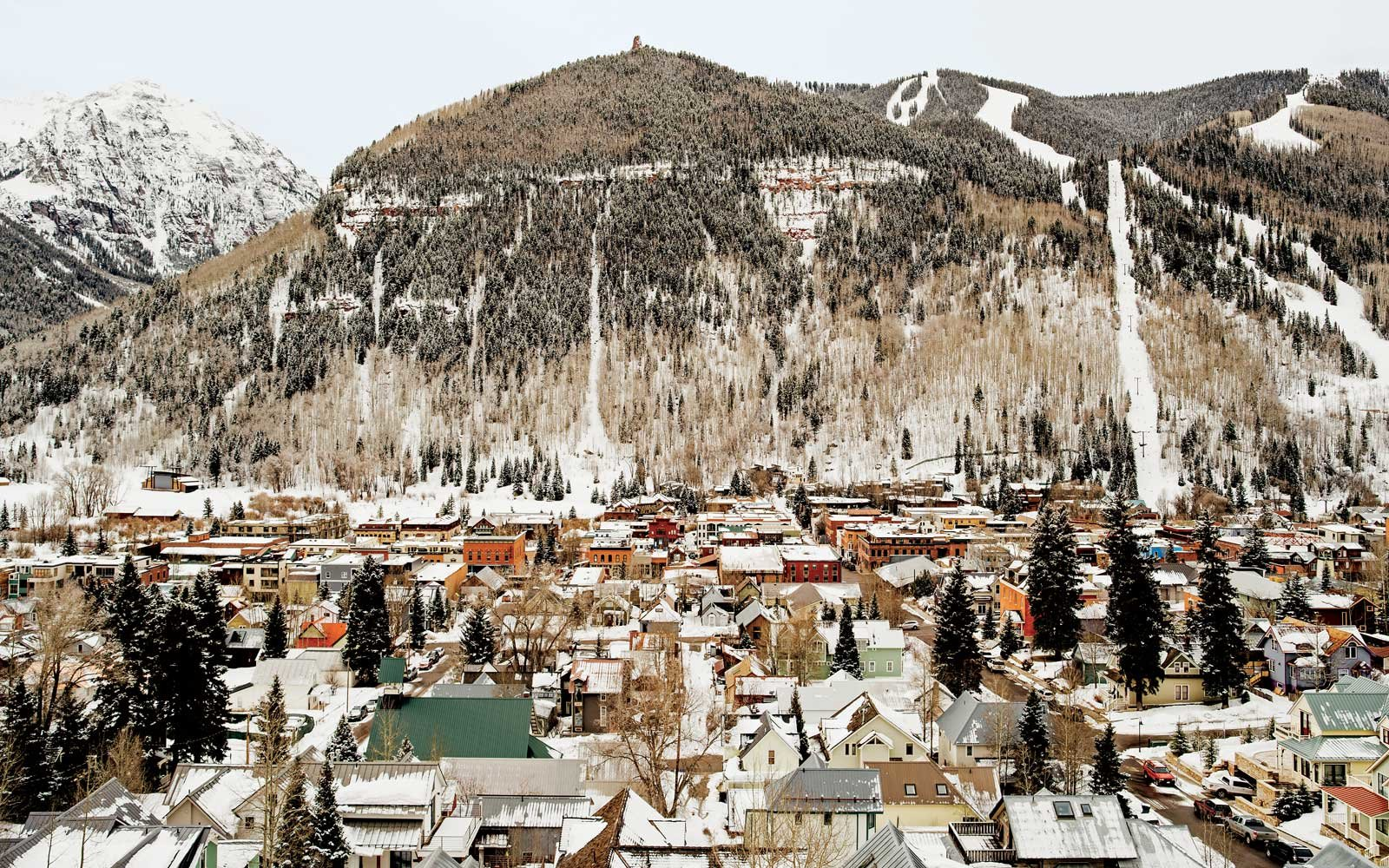 Why Telluride Might Be Americas Coolest Ski Town Travel Leisure 1600x1000