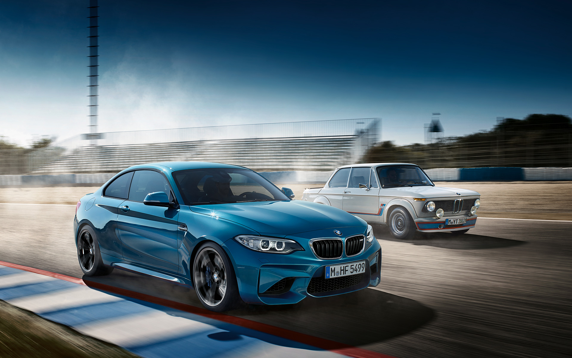 Download the first BMW M2 wallpapers 1920x1200