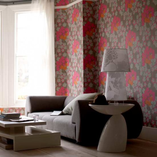 Bold floral wallpaper living room Living rooms Decorating ideas 550x548