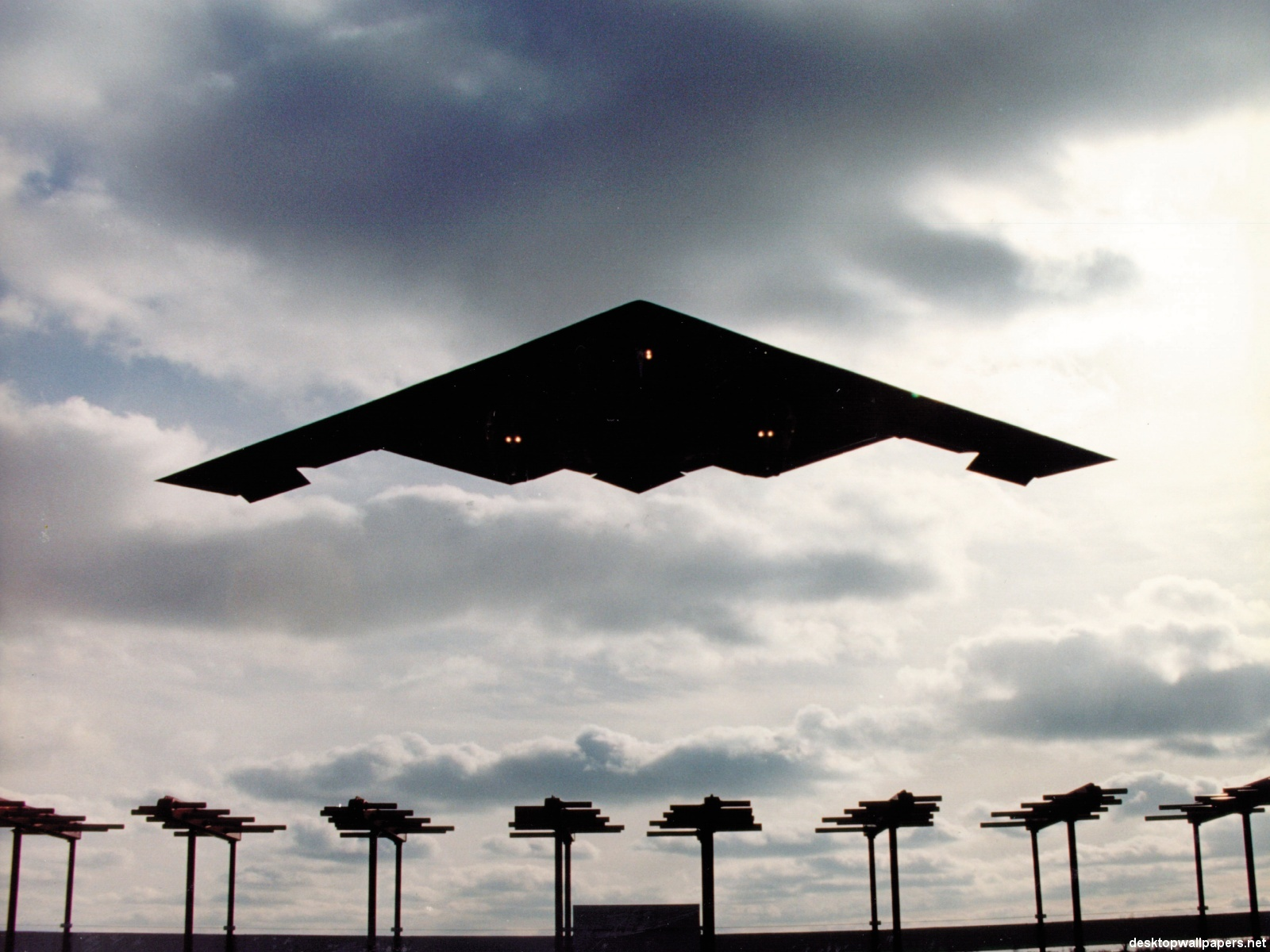 Stealth Bomber at desktopWallpapersnet 1600x1200