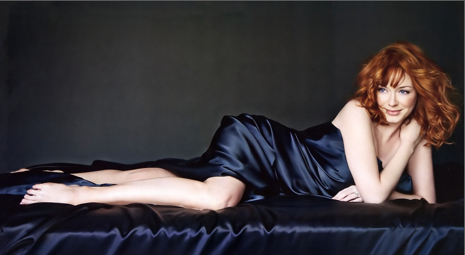Christina Hendricks HD Wallpapers Duvar Katlar Desktop 1597x876