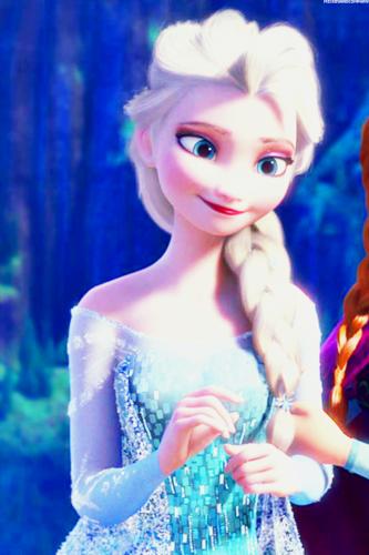 Frozen Phone Wallpaper   Elsa the Snow Queen Photo 38708864 333x500