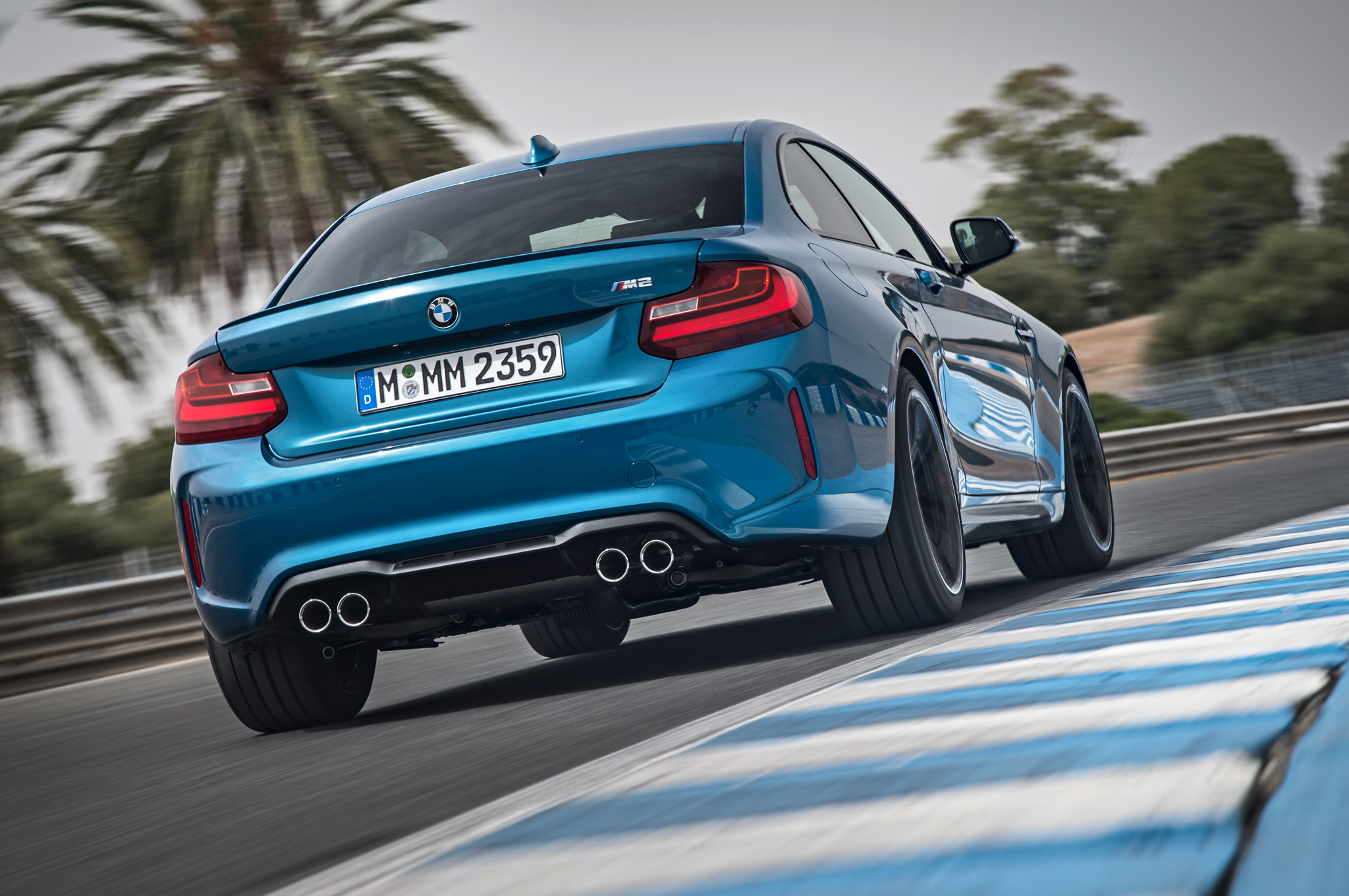 2016 BMW M2 Coupe Best HD Wallpapers   Car Wallpapers HQ 2048x1360