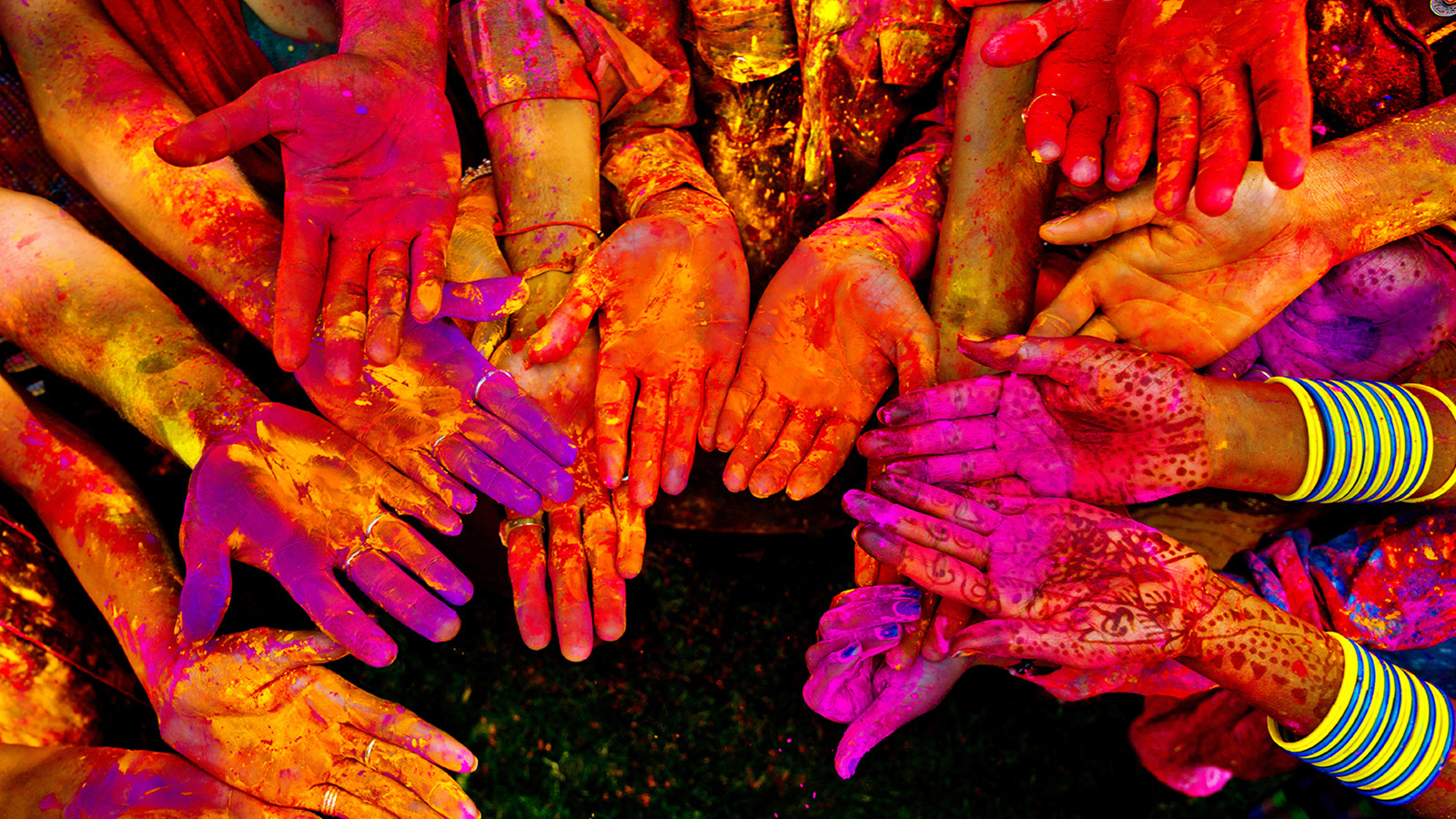 Happy Holi HD Images Wallpapers Pics Download 1600x900