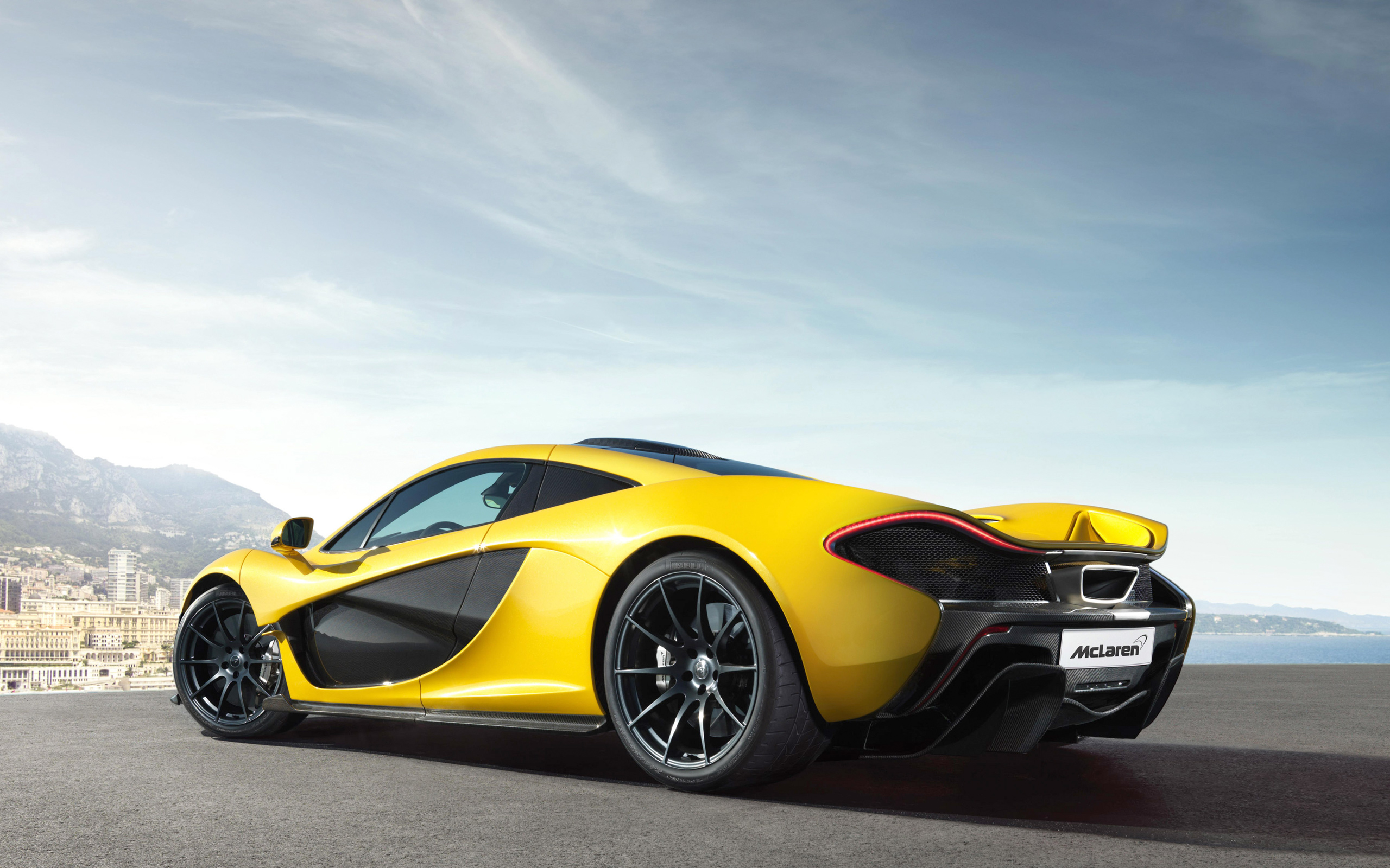 Yellow McLaren P1 Supercar HD Wallpapers 2560x1600
