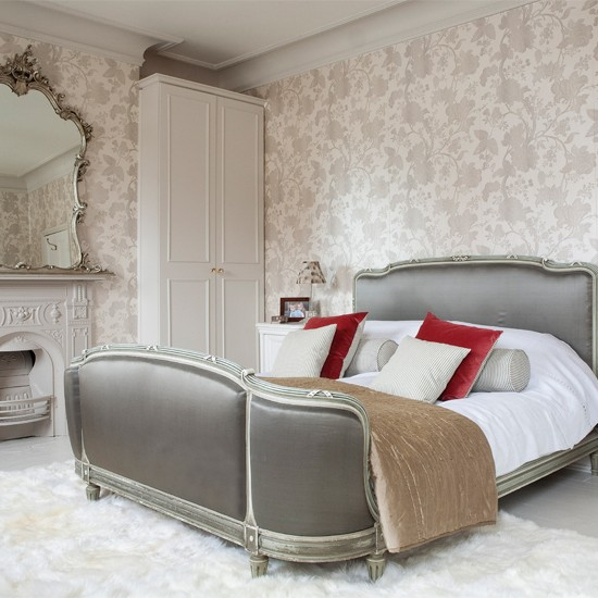 wallpaper Decorating ideas for glamorous bedrooms Decorating ideas 550x550