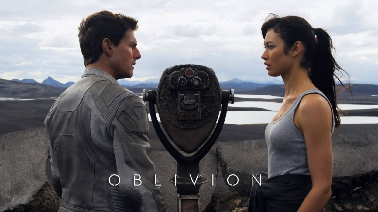 Jack Julia Olga Kurylenko Tom Cruise Oblivion   movie Harper 1244x700
