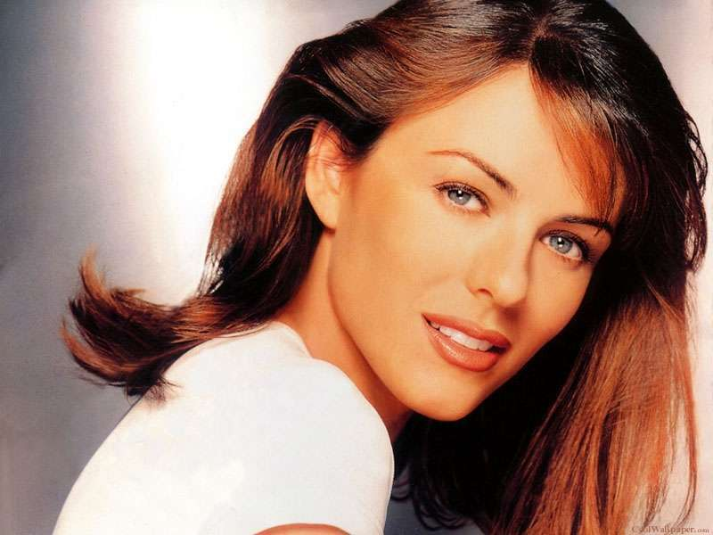 View Of Elizabeth Hurley Wallpaper Hd Wallpapers 800x600