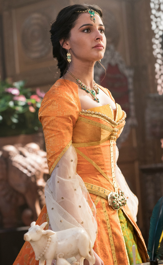Aladdin Images Show Vibrant New Look At Naomi Scott As Jasmine 628x1017