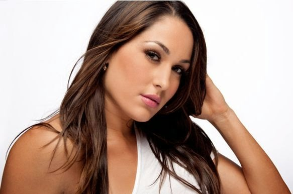 Brie Bella Wallpapers 583x386