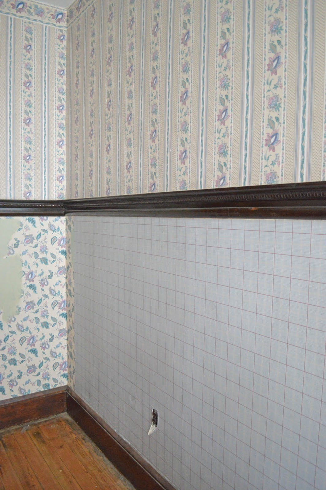 co Wallpaper on Old Plaster Walls Wallpaper Steamer Peeling Paint 1064x1600