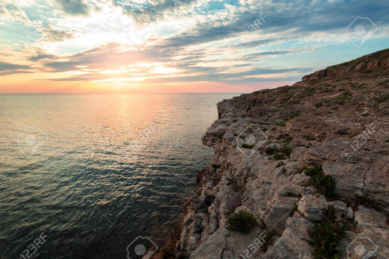 Brilliant Vacation Destination Beach Sunrise And Sea Cliffs 1300x866