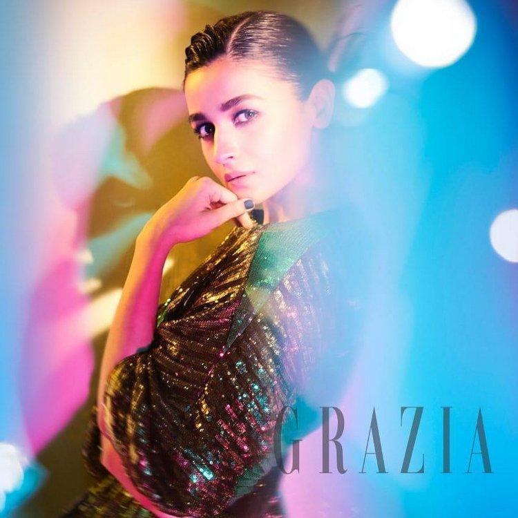 Alia Bhatt Hot Photoshoot For Grazia India Magazine Ultra HD 2019 750x750