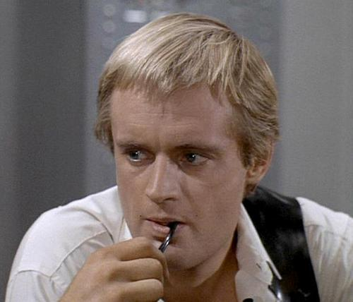 Man from UNCLE images Illya Kuryakin wallpaper and 500x428