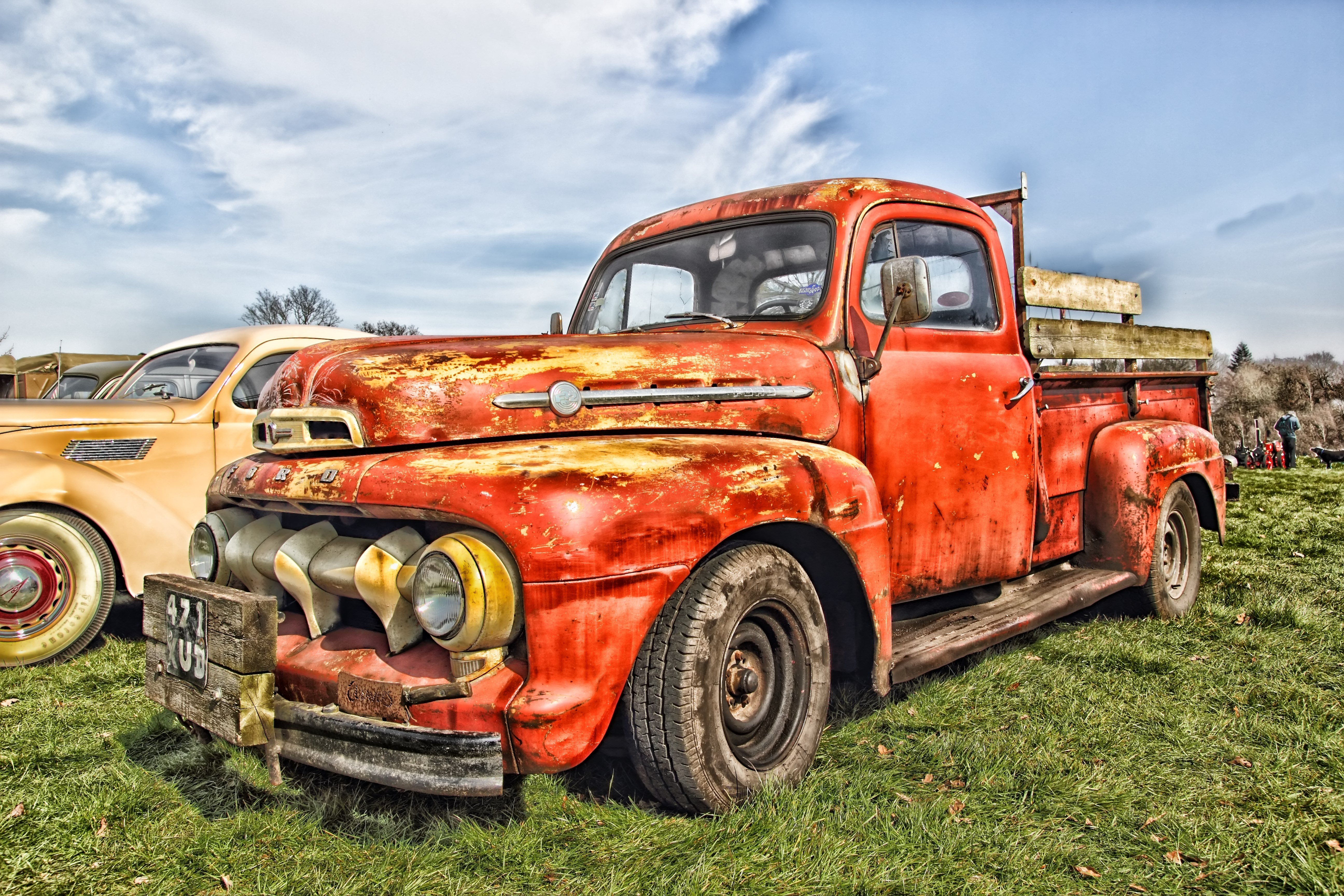 Rusty Old Truck wallpaper background 5184x3456