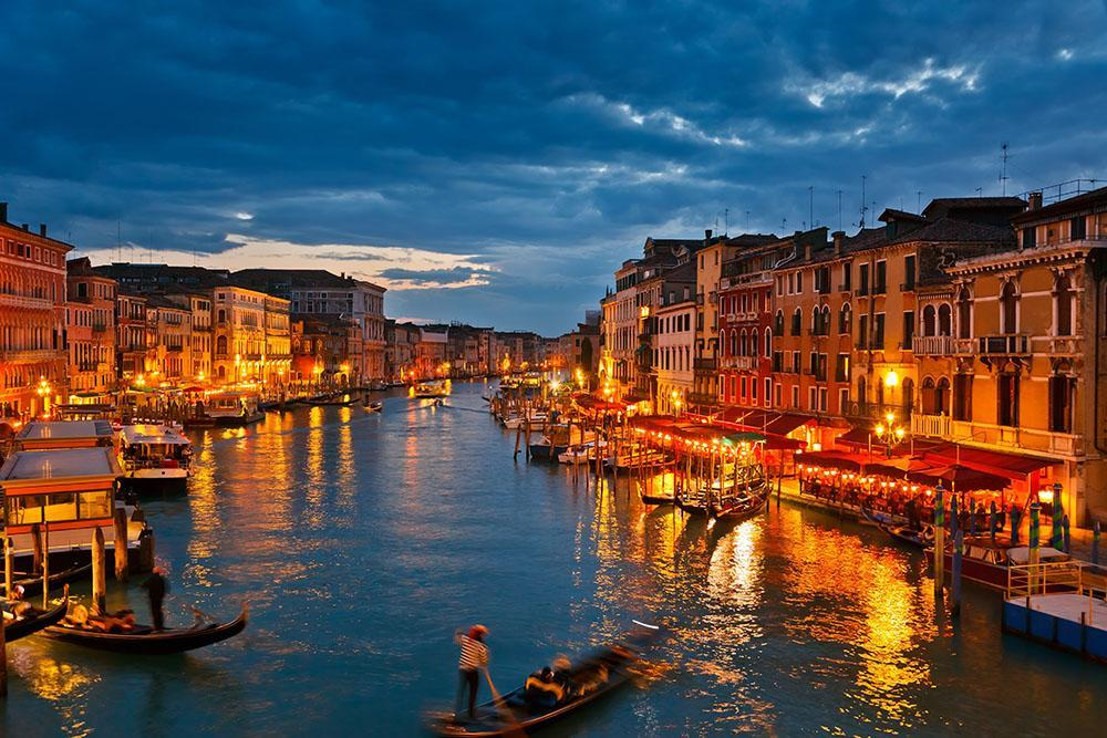 Grand Canal Venice at night Wall Mural Wallpaper Canvas Art Rocks 1000x667