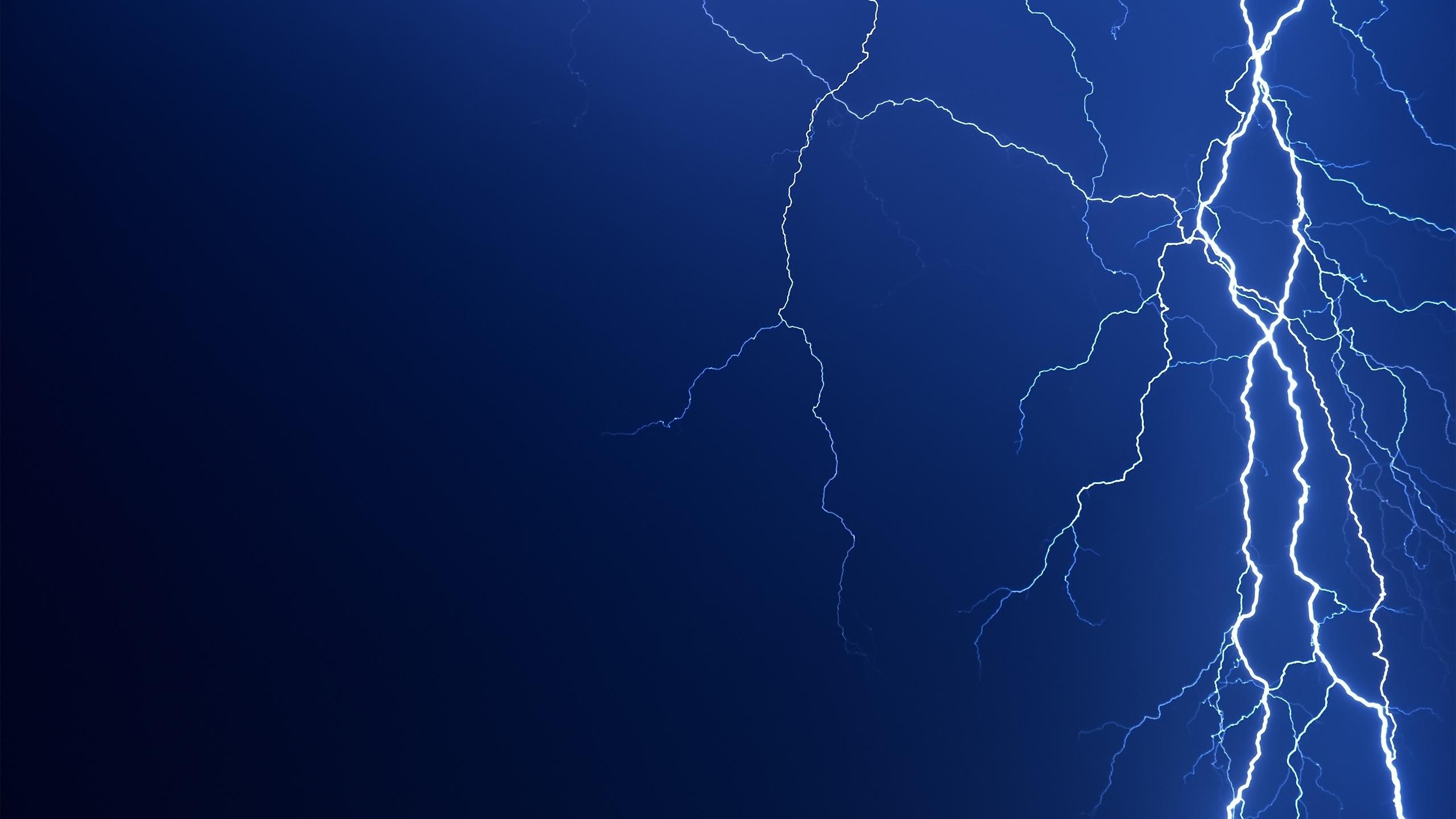 2560x1440 Lightning bolt desktop PC and Mac wallpaper 2560x1440