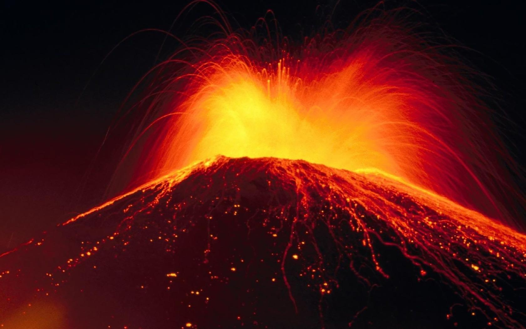 Erupting volcano wallpaper 9497 1680x1050