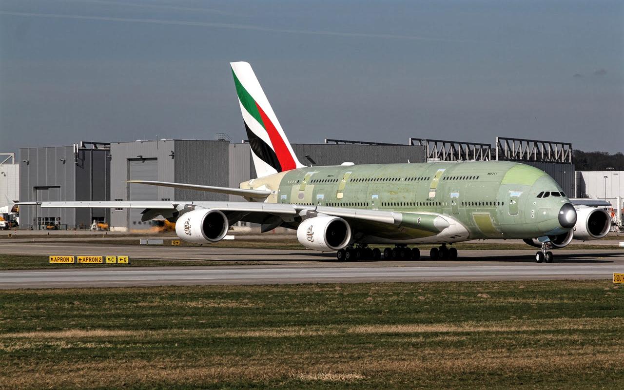 Airbus A380 800 A6 EUZ Emirates Airlines October 2017   AERONEFNET 1280x800