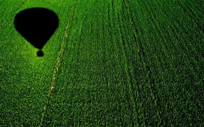 High resolution desktop wallpaper Balloon over a Cornfield by vivin 672x420