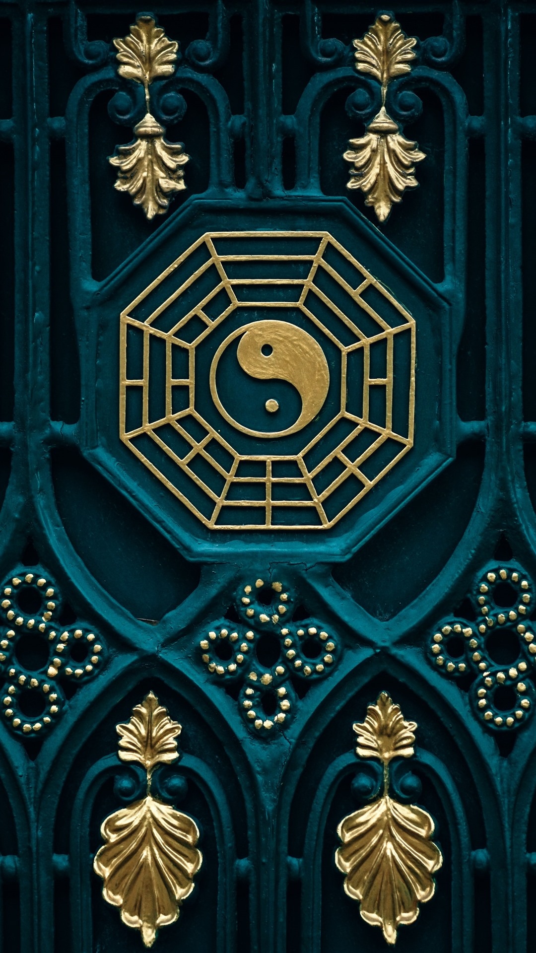 Wallpaper Bagua map yin yang door 5120x2880 UHD 5K Picture Image 1080x1920